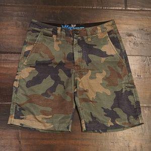 boy's Fox camo shorts size 24